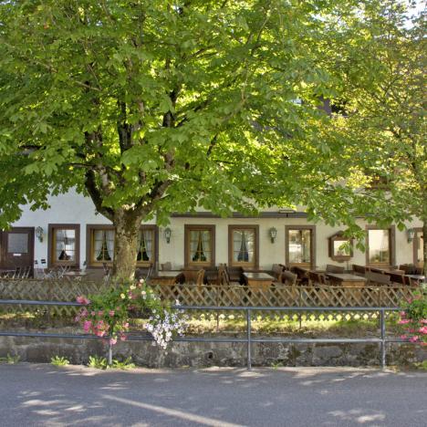 """Biergarten Gasthaus """"Zum Hirsch"""" / d'Monika, Hausach"""